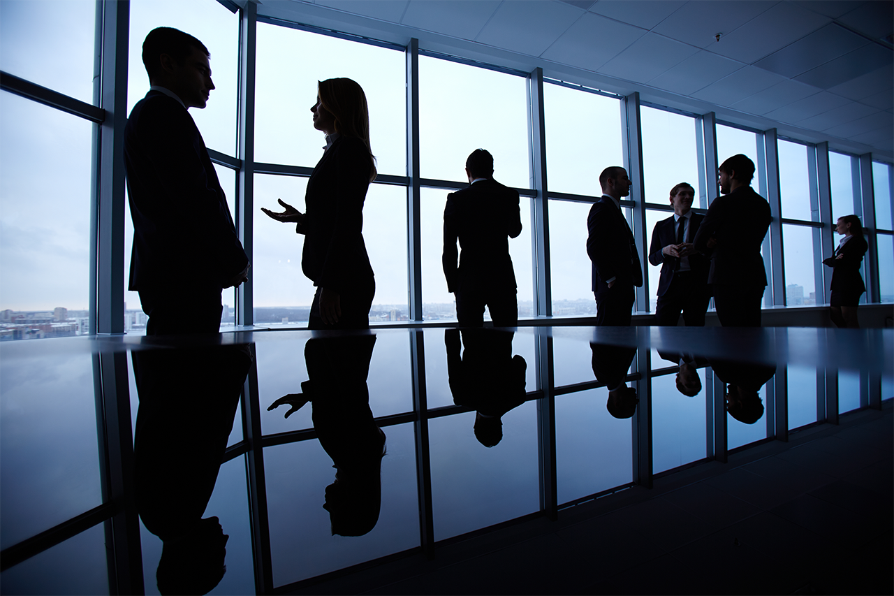 silhouettes-businesspeople-720